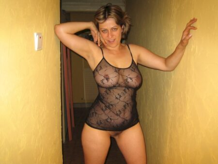 Femme coquine docile pour coquin clean