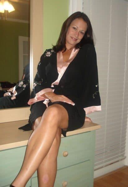 Femme infidèle sexy recherche un coquin sur Sisteron pour du plan baise