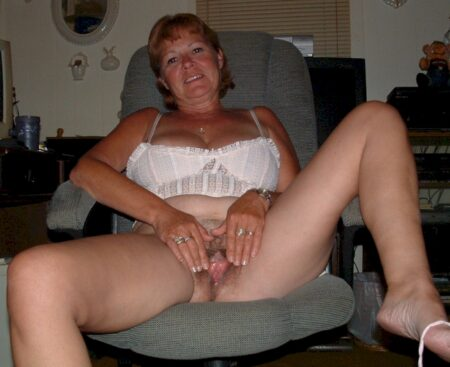Femme mariée qui a une grosse envie