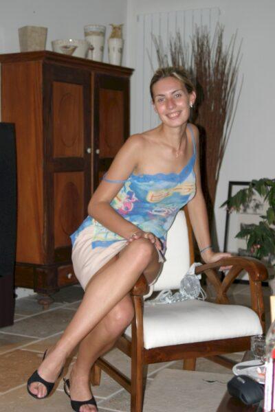 Une jeune femme coquine sur Creil qui s'ennuie